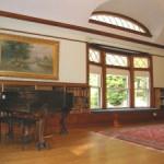 Community-room-piano