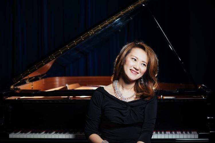 Yoko Miwa Smiling at Piano