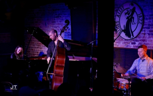 The Yoko Miwa Trio on stage at Blues Alley [Photo by Janice Tsai]