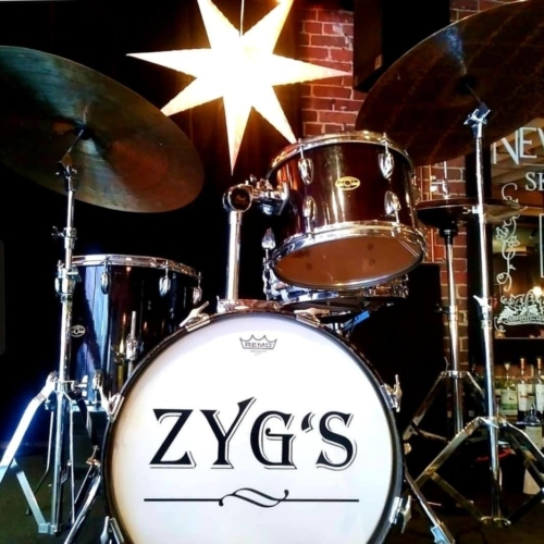The drums at Les Zygomates